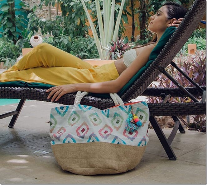 colorful-ikat-summer-beach-tote