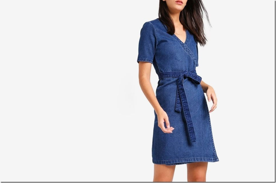 The Denim Wrap Dress Style For A Casual Chic OOTD