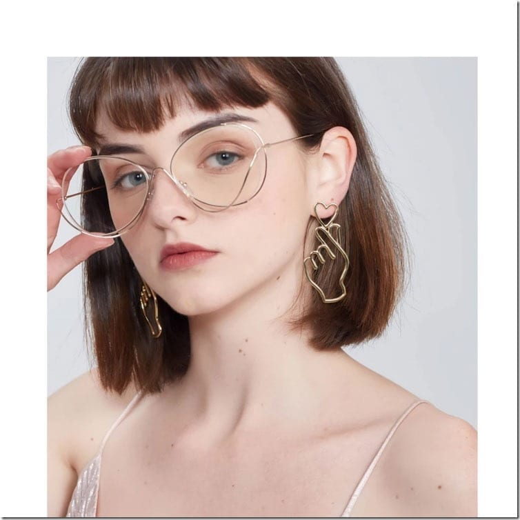 statement-finger-heart-earrings