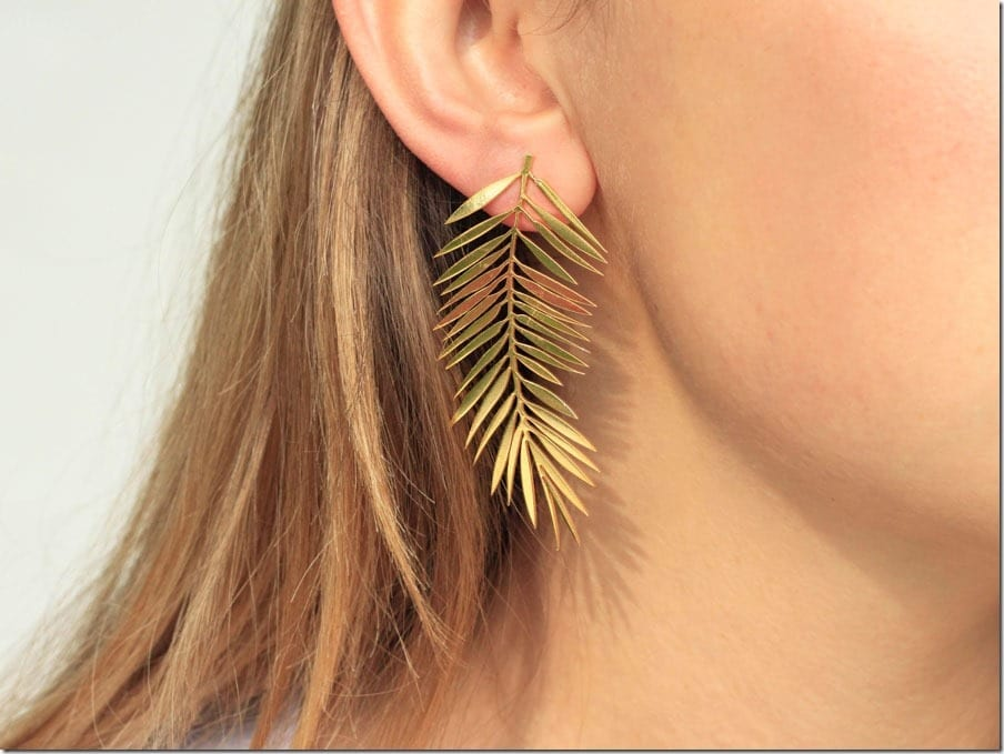 palm-leaf-dangle-earrings