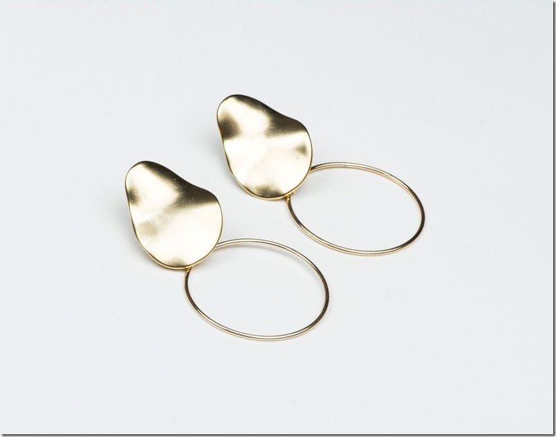 matte-wavy-drop-earrings
