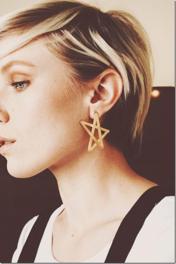 oversized-edgy-star-stud-earrings