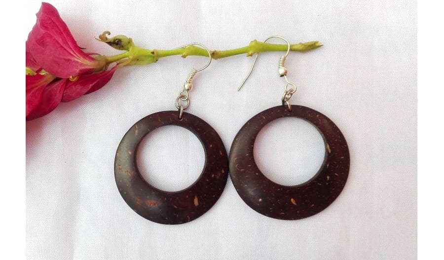 Round Coconut Shell Dangle Earrings