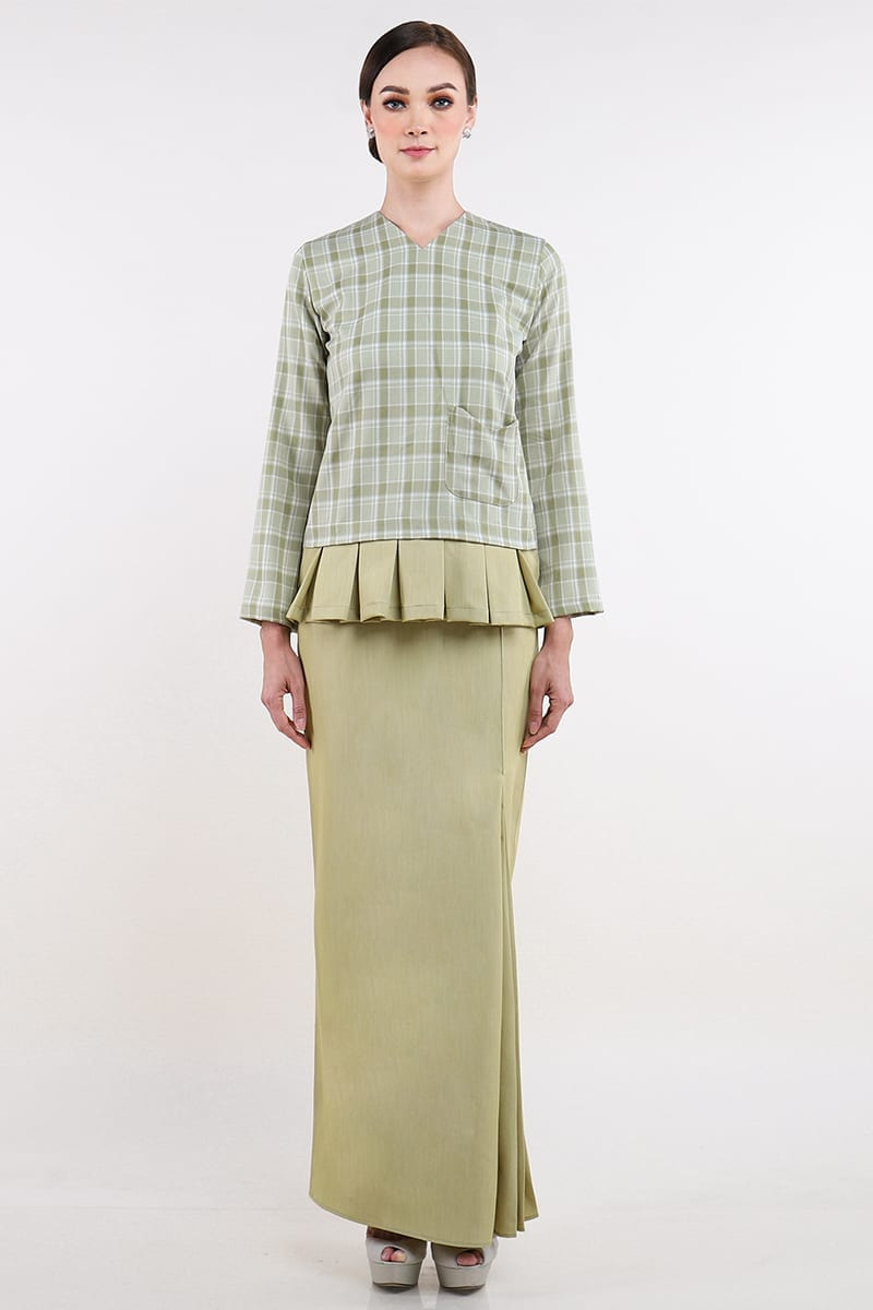 Green Plaid Pleated Kurung Set