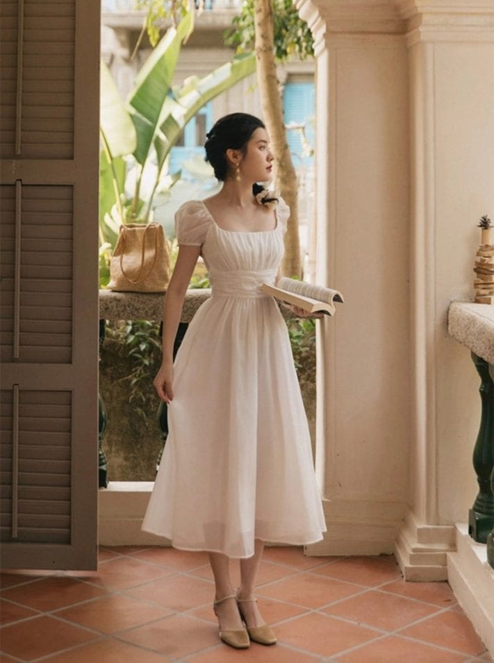 french romantic vintage style dress