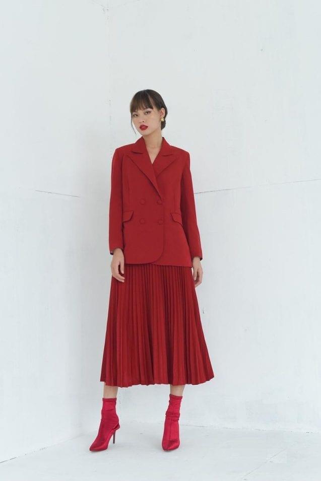 Red pleated midi silk flared skirt