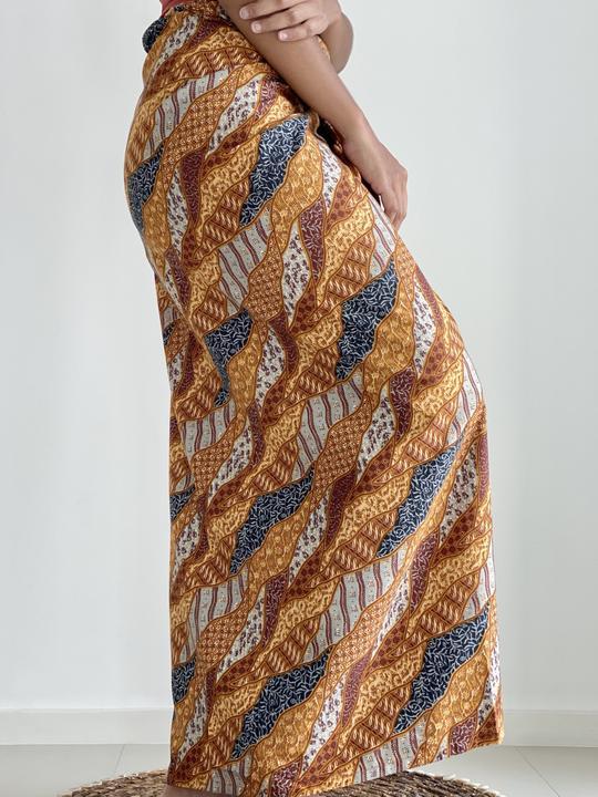 Earthy Cotton Batik Sarong