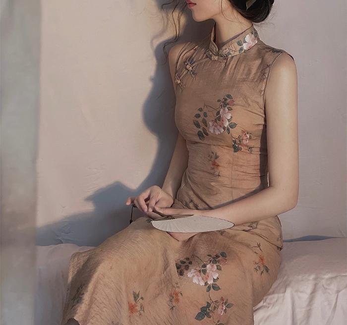 Sleeveless Midi Cheongsam Dress