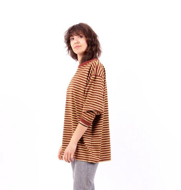 90s vintage stripe oversized cotton tee // nonaClothing