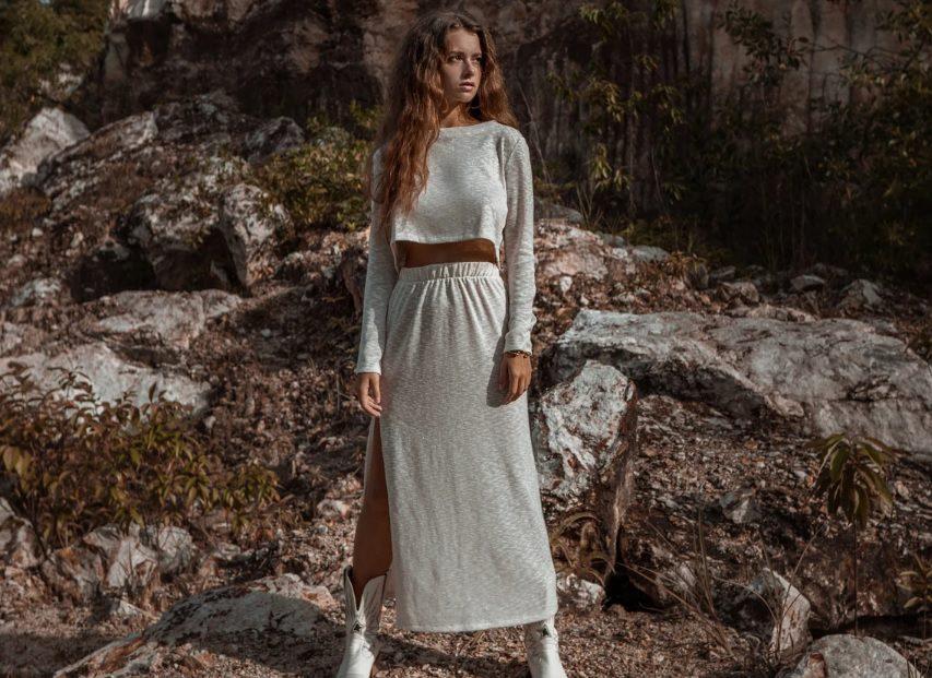 off white knit skirt top set // MockNi