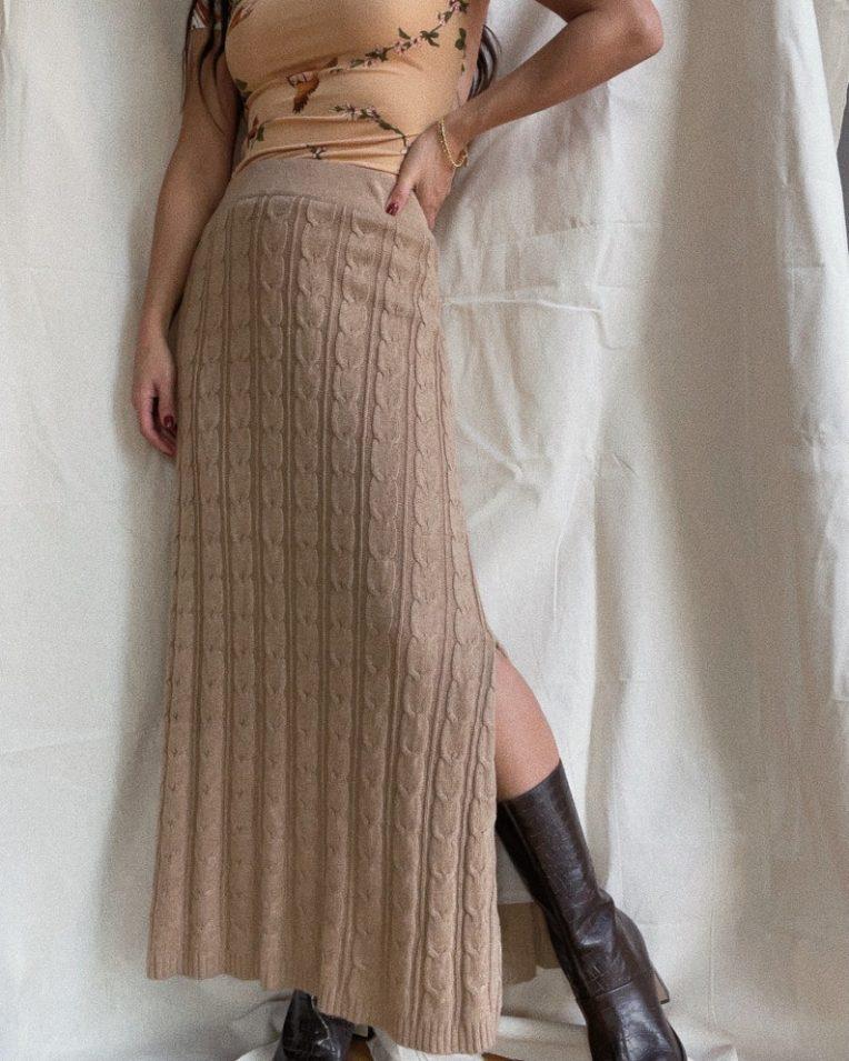 vintage beige cable knit skirt // ShopTerrene